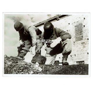 WW2 Fallschirmjager Press Photo