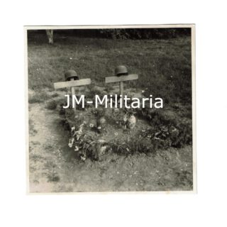 German Field Grave Picture